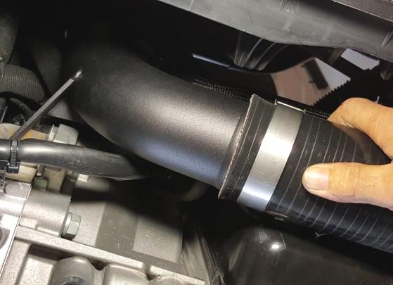 Attach and tighten lower intercooler hose to NEUSPEED Discharge Pipe.